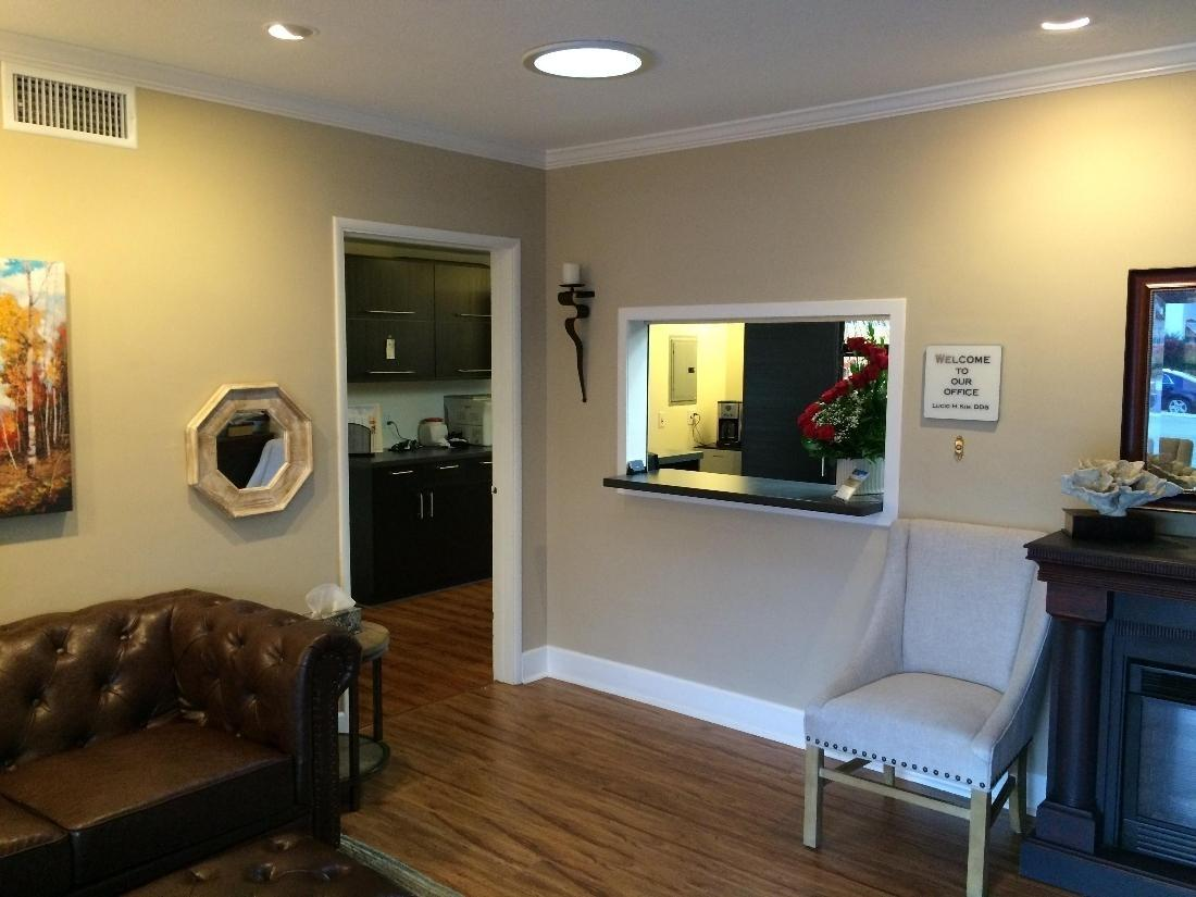Waiting room at dental office | Dentist Glendale CA